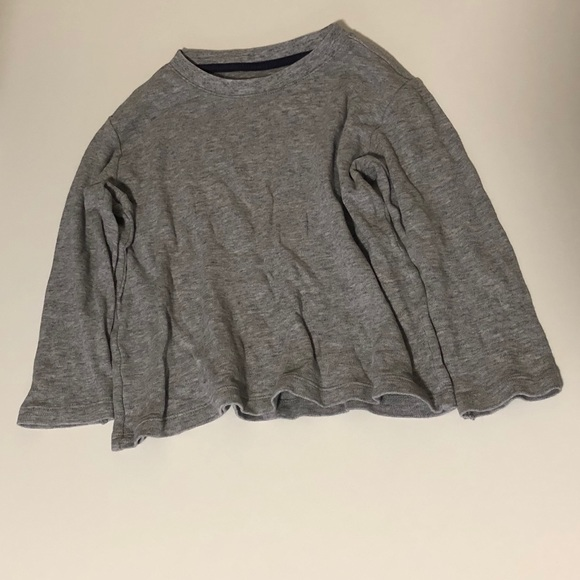 Uniqlo Other - Uniqlo Long sleeve Gray T Shirt 4-5Y